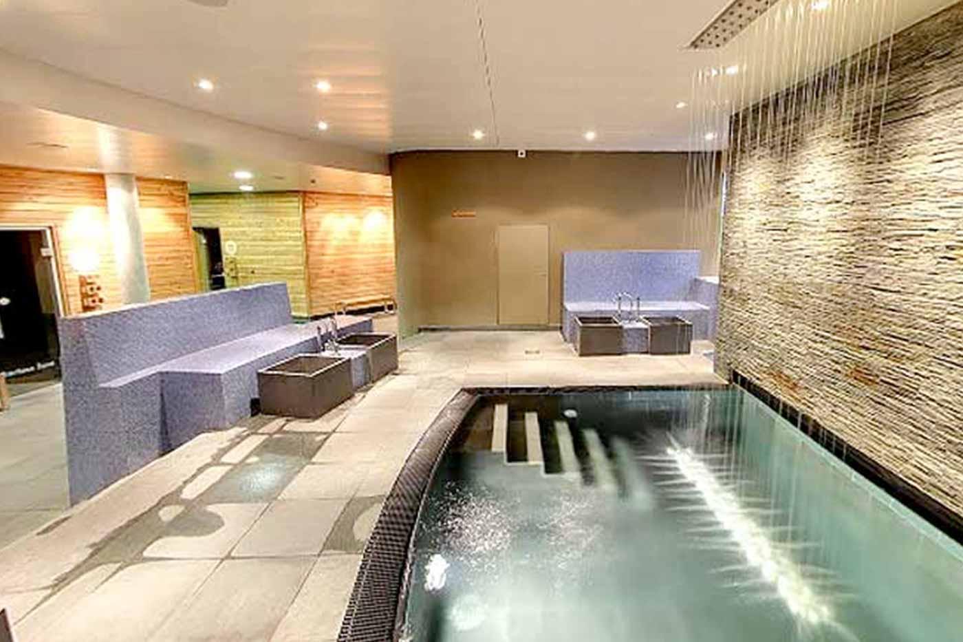 aquabasilea-saunawelt-relaxpools-01