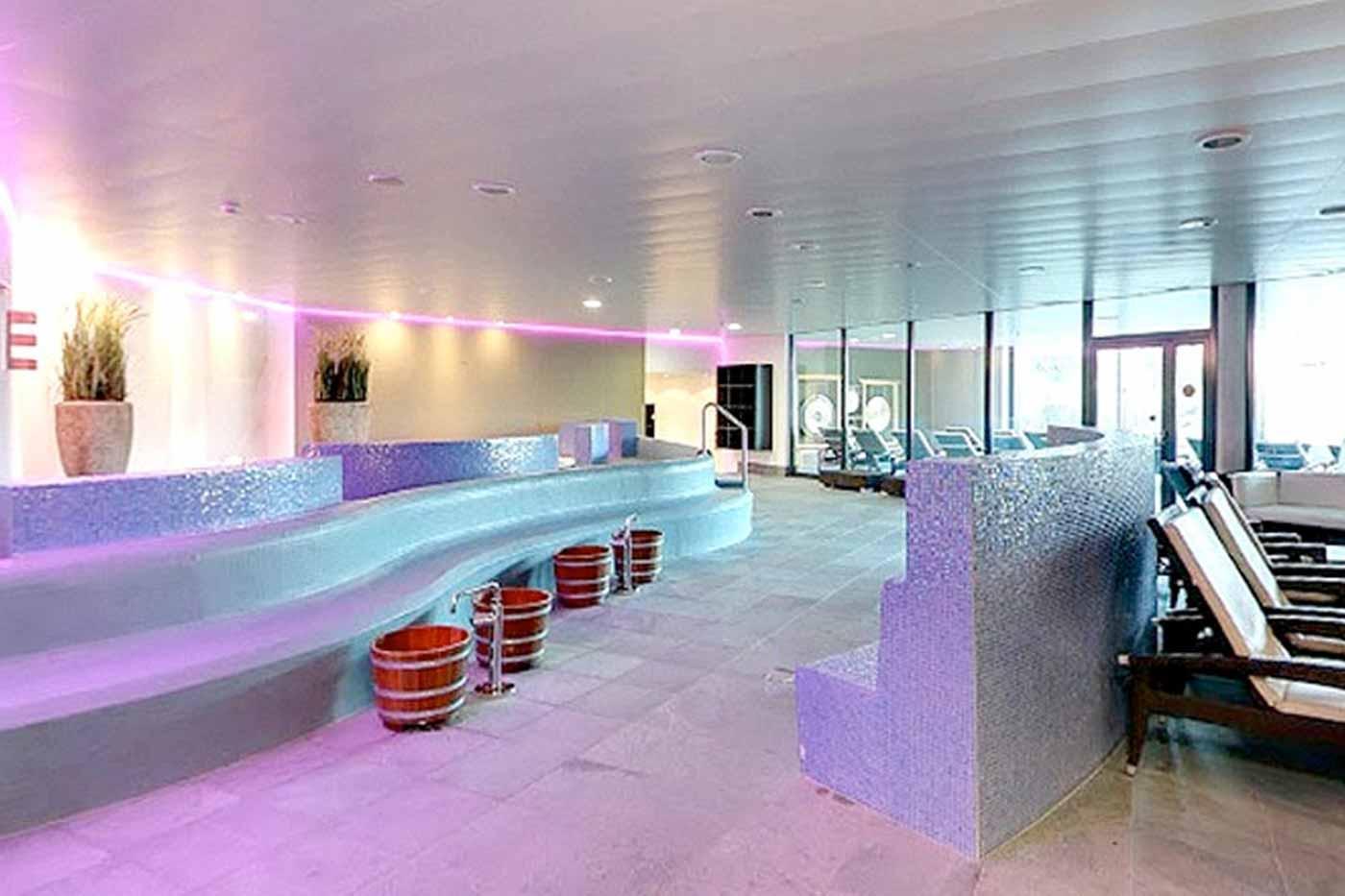 aquabasilea-saunawelt-relaxpools-02